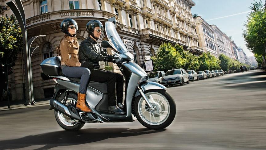 scooter honda sh my2017 concessionario honda roma